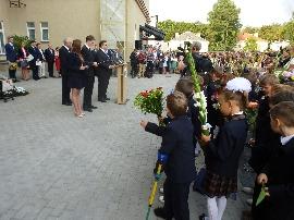 Impressive New Campus for ORT School in Vilnius